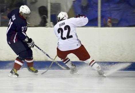 150115 Hockey Players